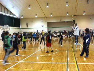 60チームが参加して行われたソフトバレーボール大会